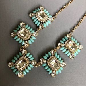 STATEMENT NECKLACE GLASS CRYSTAL COSTUME JEWELRY